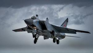 """أسطول المحيط الهادئ الروسي يختبر مقاتلة """"ميغ-31"""" المطورة"""