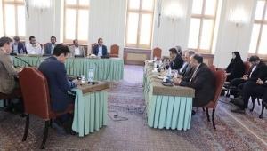 للمرة الأولى.. الحوثيون يعلنون عن عودة العلاقات الدبلوماسية مع إيران