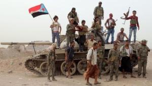الحكومة اليمنية : لن نقف مكتوفي الأيدي ونمتلك أدواتنا للتعامل مع تمرد الانتقالي