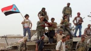 فشل وساطة قبلية بين الانتقالي والشرعية تقضى بإنسحاب قوات الشرعية  من شبوة