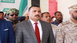 """محافظ سقطرى يشدد على رفع """"اليقظة الأمنية"""" في الأرخبيل"""
