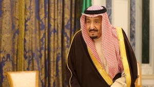 ملك السعودية يؤكد على استمرار دعم الحكومة الشرعية