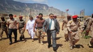"""محافظ سقطرى يتعهد بتذليل """"الصعاب"""" أمام الشرطة العسكرية"""