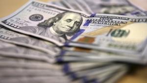 الدولار يصعد مع تجدد التوتر الأمريكي الصيني