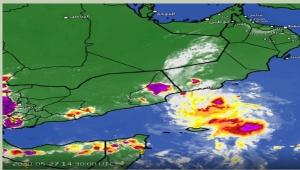 الأرصاد : هطول أمطار غزيرة وتحذير للصيادين والسفن في سقطرى والمهرة