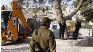 الاحتلال يهدم 3 غرف زراعية ويجرف أراضي غرب الخليل