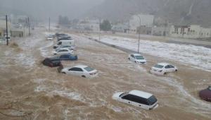 منظمة أممية: سيول الأمطار تدفع آلاف الأسر اليمنية للنزوح مجدداً