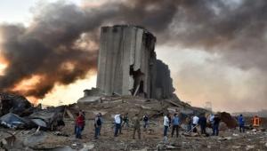 """انفجار بيروت: لماذا تهبّ """"الأم الحنون"""" فرنسا لنجدة لبنان؟"""