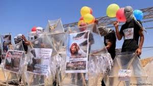 """إسرائيل تقصف مواقع تابعة لحماس في قطاع غزة """"ردا"""" على البالونات الحارقة"""