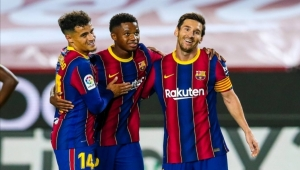 برشلونة يستهل موسمه بفوز عريض على فياريال