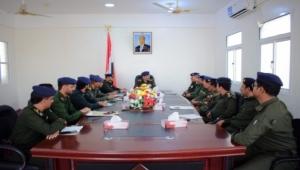 وزير الداخلية يشيد بجهود الإدارات الأمنية بوادي وصحراء حضرموت