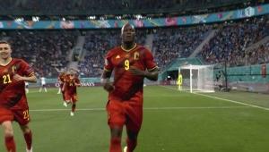 """بلجيكا تهزم روسيا وفنلندا تتجاوز الدنمارك بعد مباراة شهدت حدثاً """"استثنائياً"""""""
