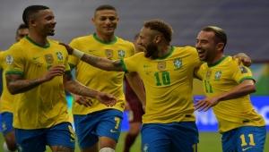 منتخب البرازيل يستهل حملة الدفاع عن لقبه بفوز كبير على فنزويلا