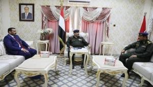 محافظ سقطرى يلتقي وزير الداخلية لمناقشة الأوضاع الأمنية في الأرخبيل بعد عام من انقلاب الانتقالي
