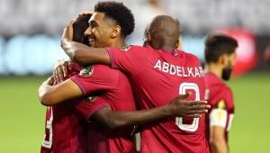 الضيفة قطر تبلغ نصف النهائي الكأس الذهبية