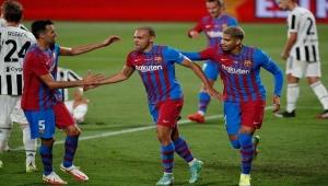 """برشلونة """"ما بعد ميسي"""" يفوز بكأس خوان غامبر"""