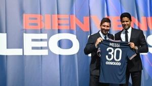 كم مبيعات باريس سان جيرمان من قميص ميسي؟