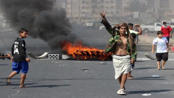 """مليشيا """"الانتقالي""""المدعومة من دولة الامارات تشن هجوماً عنيفاً على معسكرات الجيش الوطني في محافظة لحج"""
