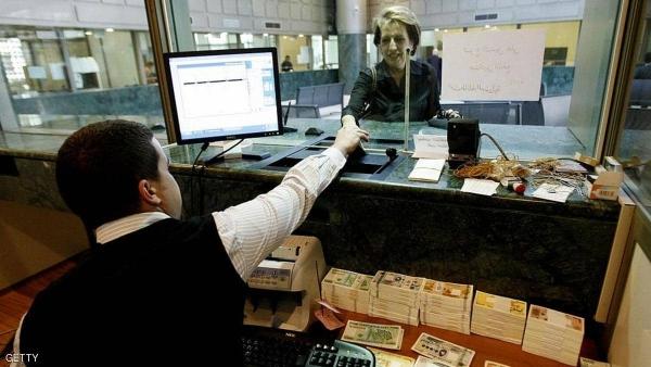 """ستاندرد آند بورز"" تحذر من مخاطر انخفاض احتياطيات لبنان"