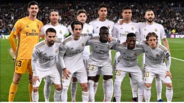 ريال مدريد يتجه لتخفيض رواتب نجومه من جديد