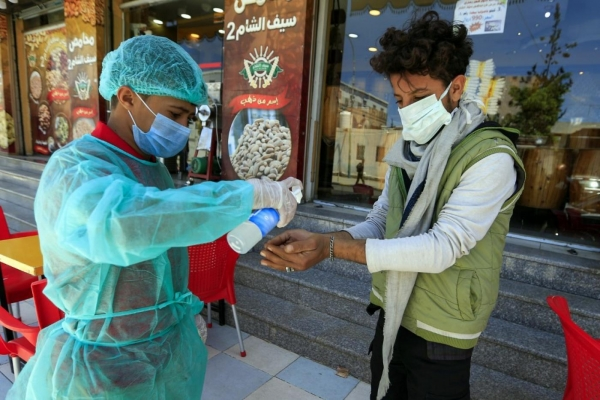 تقرير لقناة الجزيرة يكشف عن أرقام صادمة لضحايا كورونا في اليمن
