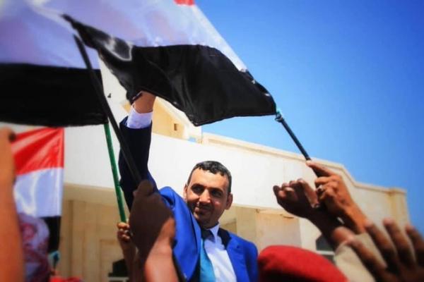 الائتلاف الوطني يطالب بعودة المحافظ رمزي محروس إلى سقطرى لإنهاء عبث المليشيات