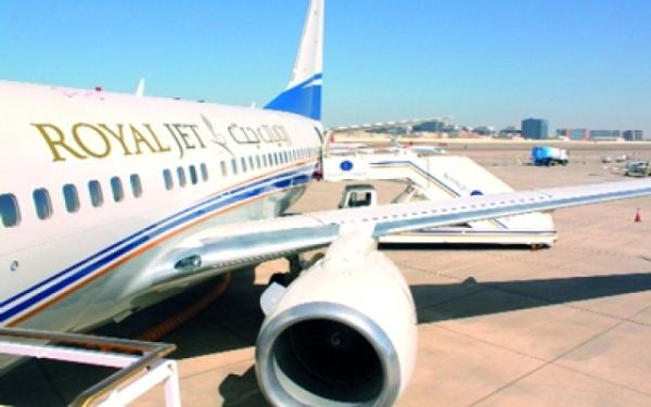 """مصدر خاص لـ""""سقطرى بوست"""" الإمارات تبدأ بتسيير رحلات إلى أرخبيل سقطرى في ظل صمت سعودي مريب"""