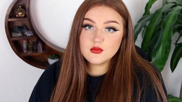 مدونة على يوتيوب: انتقلت من التجميل للحديث عن الجريمة وحققت 131 مليون مشاهدة