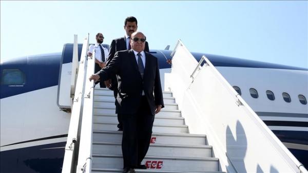"""حميد الأحمر يخاطب الرئيس هادي """"عُد يافخامة الرئيس قبل أن يستحيل أن تعود"""""""