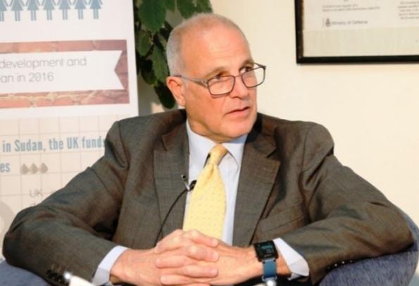 السفير البريطاني يدين الهجمات الحوثية في مأرب والجوف