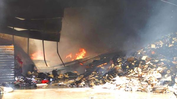 مليشيا الحوثي تدفن 43 من جثامين المهاجرين الذين أحرقتهم بصنعاء