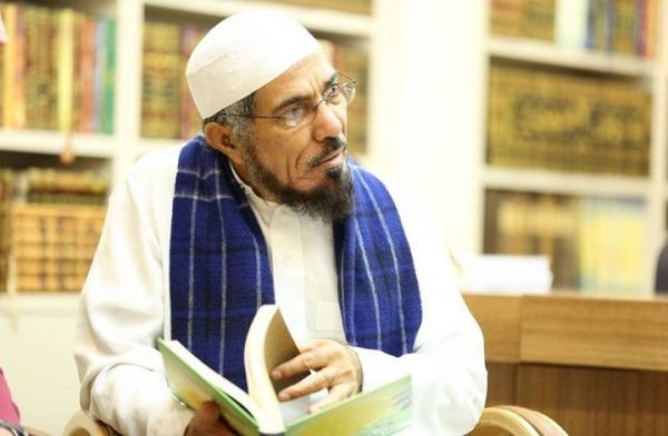 الداعية السعودي سلمان العودة يصاب بوعكة صحية بعد تلقيه لقاح كورونا في سجنه الانفرادي