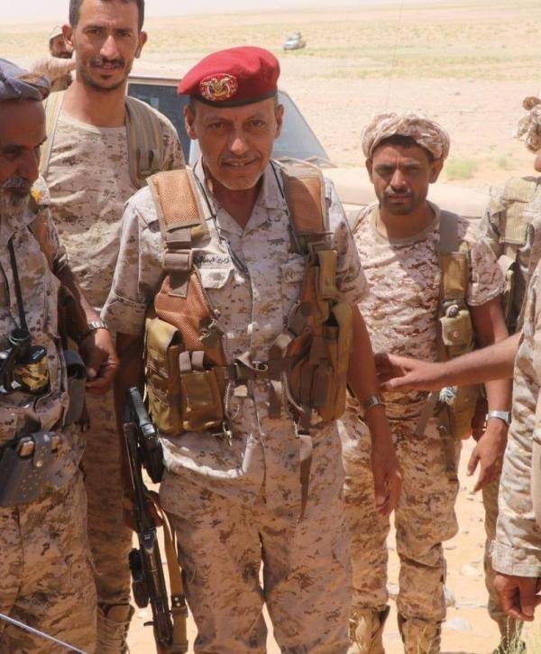 مقتل قائد عسكري بارز في القوات الحكومية في معارك مع الحوثيين
