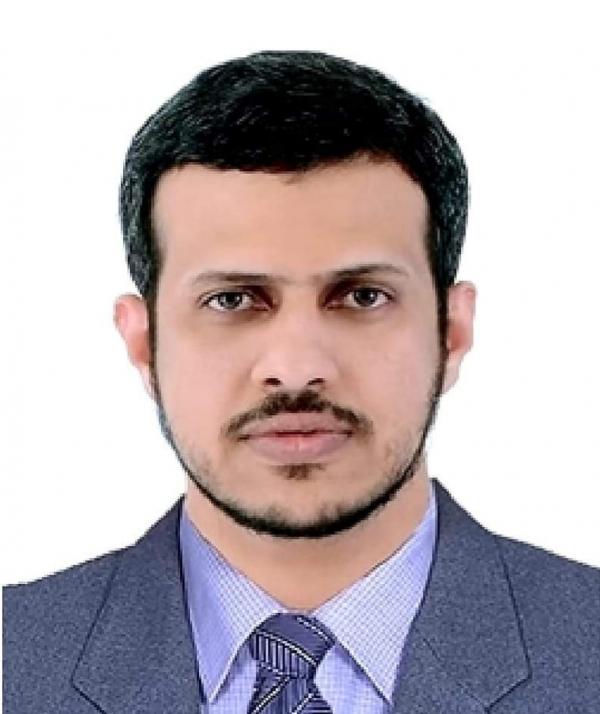 """مستشار محافظ المهرة: سلطنة عمان تقدم """"خدمات إنسانية جليلة"""" لأبناء المحافظة"""