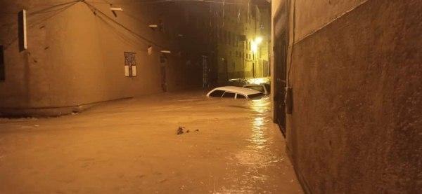 السيول تتسبب بأضرار بالغة في منازل المواطنين بتريم