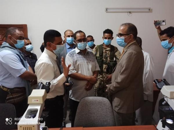 """وزير الصحة: جهود مكافحة الملاريا في حضرموت والمهرة وشبوة """"انتقلت من السيطرة إلى الاستئصال"""""""