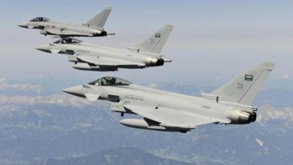 جماعة الحوثي: طيران التحالف شنّ 7 غارات على مواقع غربي مأرب