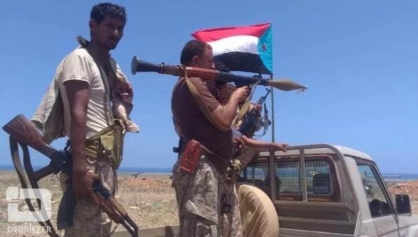 سقطرى.. توتر عسكري إثر اشتباكات مسلحة بين فصائل للانتقالي