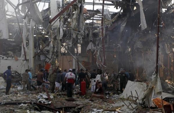 """ضحايا يمنيون يطالبون بتحقيق دولي في """"جرائم حرب"""" ارتكبها التحالف في اليمن"""