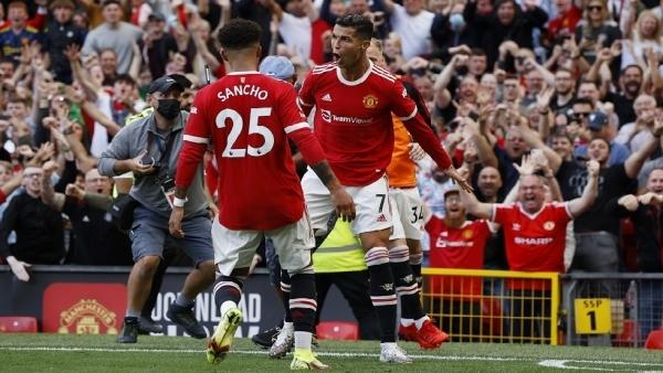 رونالدو يقود اليونايتد لفوز عريض على نيوكاسل في أول مبارياته مع الشياطين الحمر