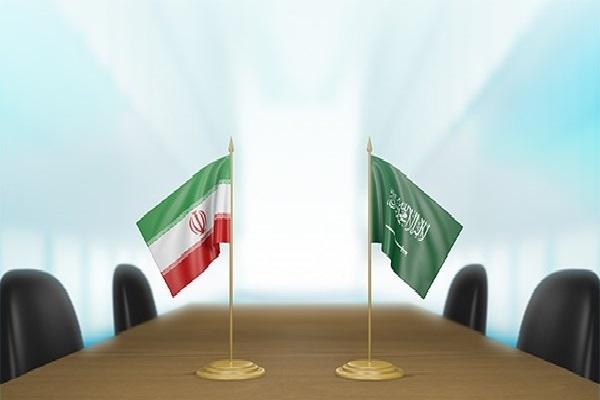 بلومبيرغ: إيران طلبت من السعودية إعادة العلاقات الدبلوماسية كبادرة حسن نية قبل إنهاء الحرب في اليمن